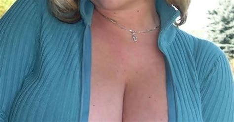 Chrissi big breast jpg 600x315